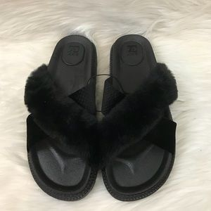 NEW Joe's Jeans Faux Fur Slides